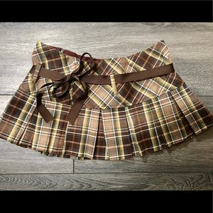 Cute mini skirt by S7S in small